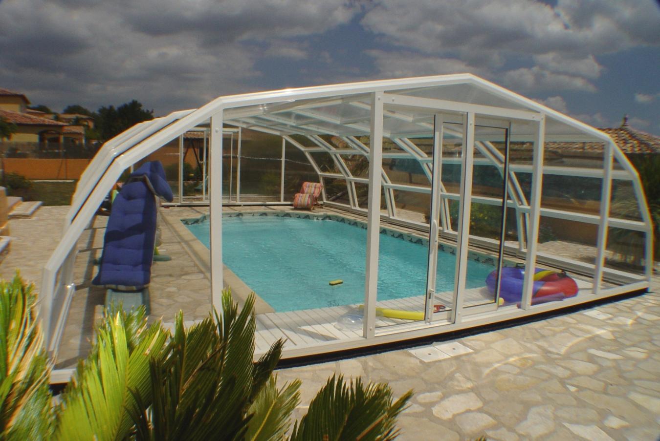 Abris piscine haut pacifique for Abris piscine eureka